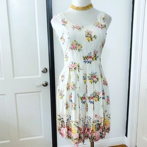 Vintage Floral Pleated Midi Dress